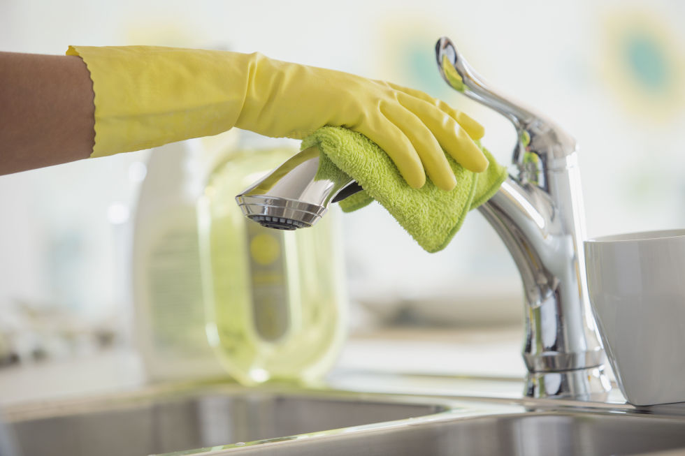 Fast-and-Easy-Home-Cleaning-Tips-Picture-1